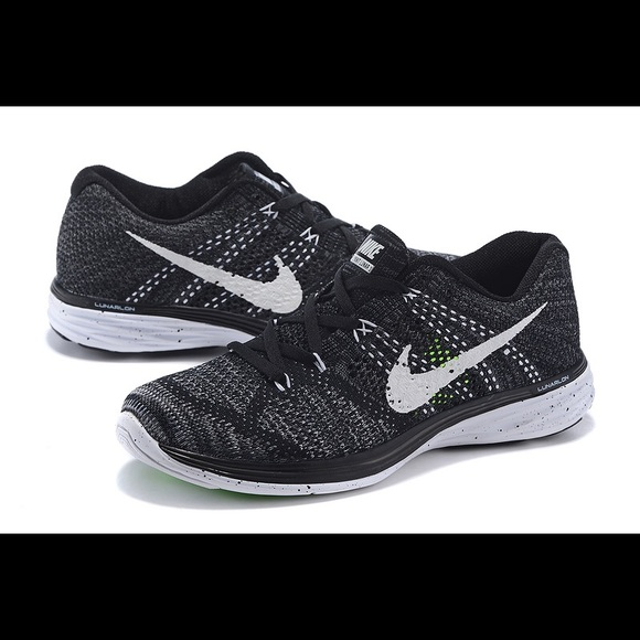 Womens Nike Flyknit Lunar 3. M 5a50427200450f68d20215f1 2ebe7d21c0